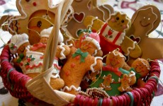 gingerbread-man-christmas-foods-wallpapers-1024x768